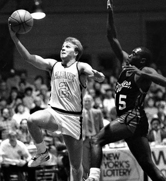 Future Timberwolf Scott Brooks was a standout for the Albany Patroons in 1987.