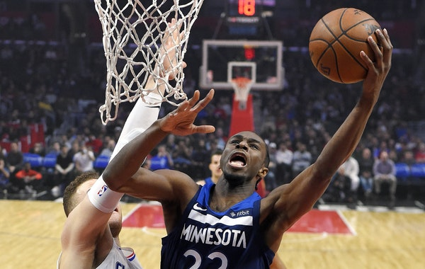 Wolves forward Andrew Wiggins shot against Clippers forward Blake Griffin, on his way to 40 points in the Wolves' 126-118 victory Monday night.