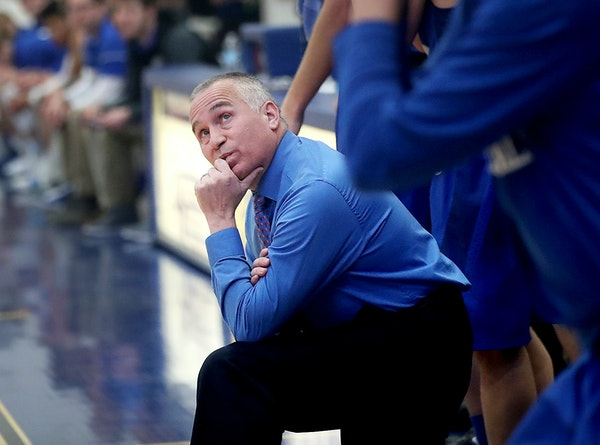 Brainerd boys' basketball coach Scott Stanfield saw no other avenue than resignation, he said, after intense pressure from parents became unbearable