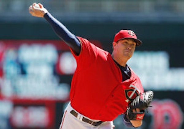 Twins win arbitration hearing with Kyle Gibson