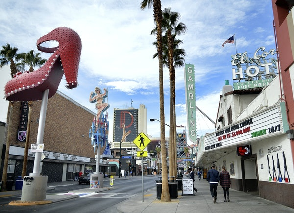 Las Vegas lures travelers with cheap flights, cheap rooms -- and then charges them $7 for a cup of coffee. But Sin City can still be a deal once you a