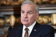 Gov. Mark Dayton on Tuesday laid out a plan to balance farmers' use of fertilizer with the protection of groundwater and drinking water supplies.