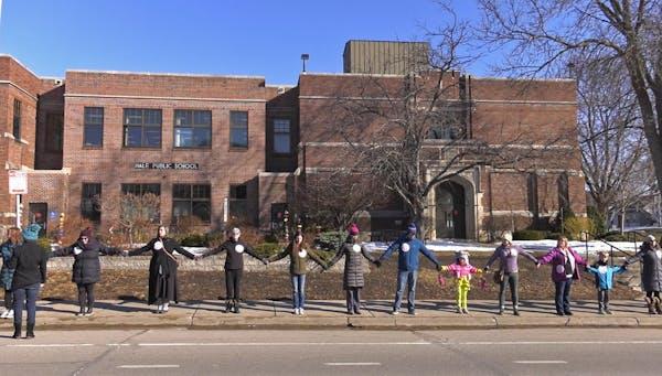 Bells, chants mark student walkouts for Parkland victims