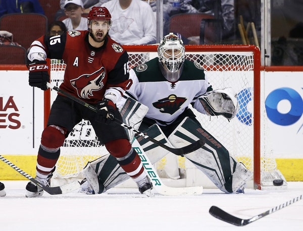 Wild goalie Devan Dubnyk stopped 30 shots to beat Arizona 3-1 on Saturday night for his 200th career victory. It took Dubnyk 11 games to register his