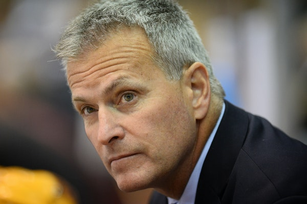 Don Lucia won back-to-back national championships with the Gophers, in 2002 and 2003.