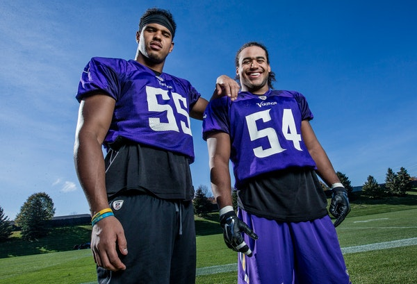 Vikings linebackers Anthony Barr and Eric Kendricks, in 2015.