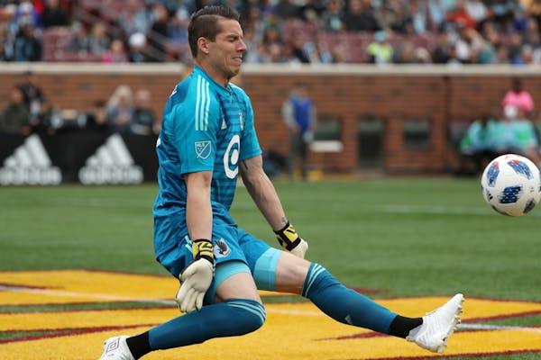 Minnesota United goalkeeper Bobby Shuttleworthmade a save last month at home.