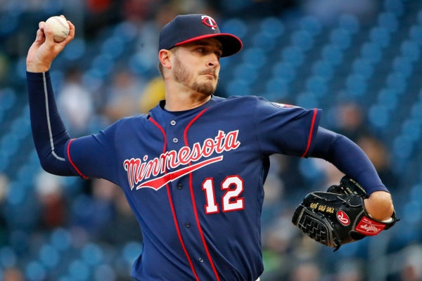 Struggling Odorizzi gets another start as Molitor looks for winning lineup