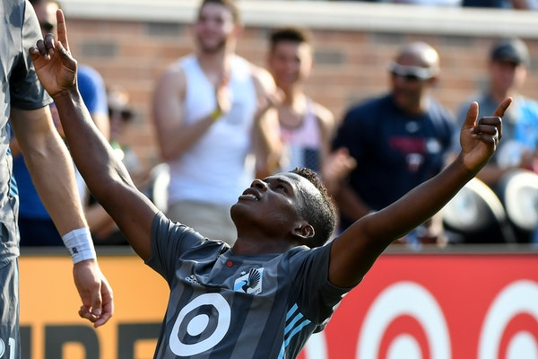 Forward Darwin Quintero got the Loons off to a quick start against Toronto FC with a goal in the eighth minute Wednesday at TCF Bank Stadium -- the fi
