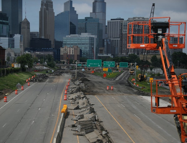 Monday will be the first weekday since the state shut down the main entrances from Interstate 35W into and out of downtown.