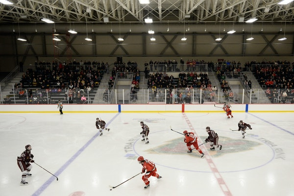 North St. Paul and St. Paul Johnson played a high school hockey game att he TRIA Rink in St. Paul in January. The Minnesota Whitecaps will play NWHL h