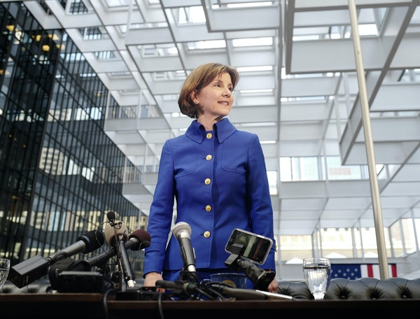 Attorney General Lori Swanson, who has statewide name recognition, is opening a lead in the DFL contest for governor.