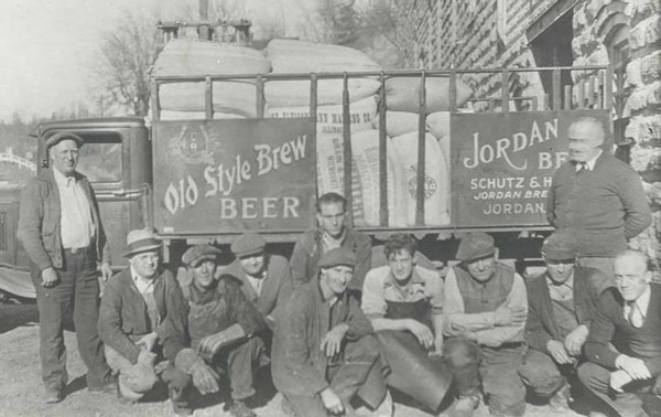 Jordan brewery 1866-present A look at a handful of brewery workers from about 1934, only a year after the end of prohibition.