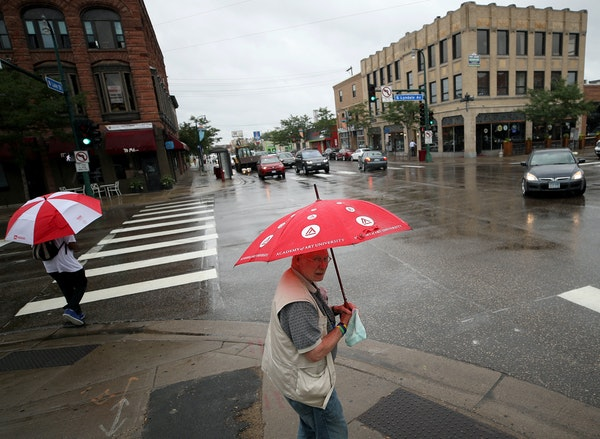 Where it crosses Lyndale Avenue S., Lake Street is an example of good density, with lively, walkable streets, a variety of housing, and plenty of oppo