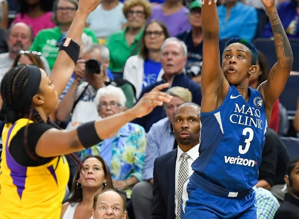 Danielle Robinson made this three-point shot against Los Angeles on July 5, but it was disallowed because she stepped out of bounds while shooting.