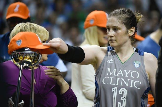 Should the Lynx retire Lindsay Whalen's No. 13?