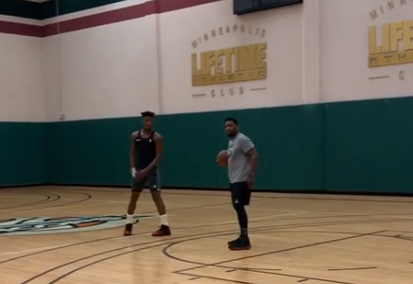 Jimmy Butler, still in Minneapolis, gets heckled while shooting hoops