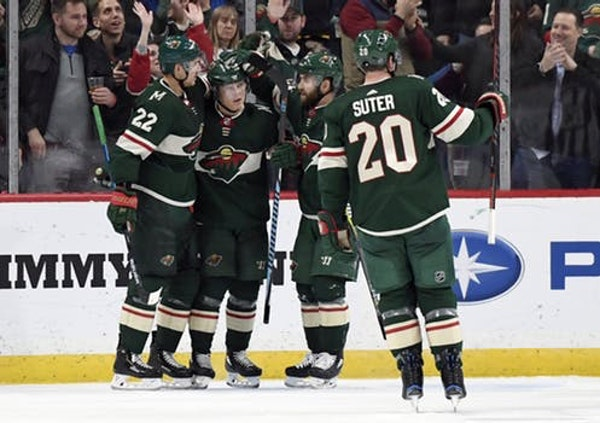 Wild's top players outshine Avalanche's first line