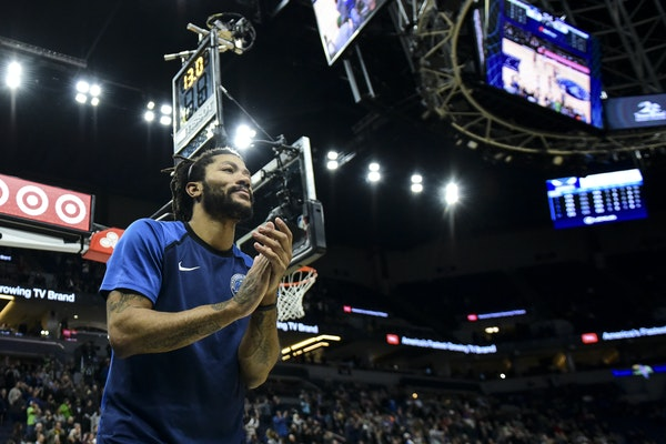 Derrick Rose was all smiles after his Wolves won Wednesday and he scored 16 points on 8-for-15 shooting. He was held scoreless Monday.