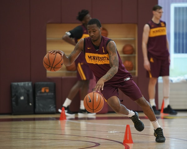 McBrayer and Gophers talk before Illinois trip