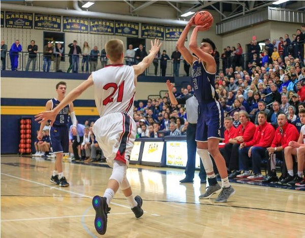Listen: Who's left unsigned, holiday tourneys to feast on and a boys' hoops name to know