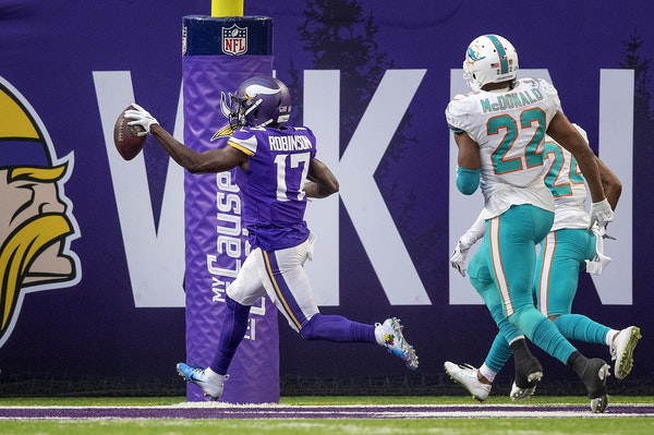 Can Robinson's role go beyond being deep threat?