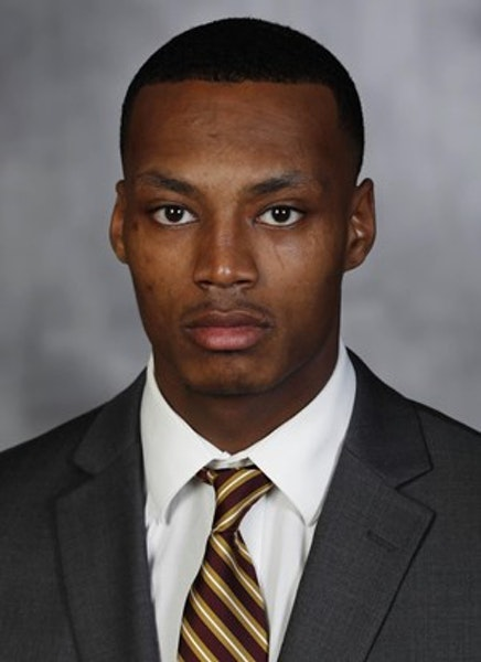 Gophers reserve defensive back Rey Estes transfers to Illinois
