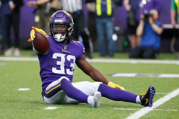 Despite the win Sunday, Vikings' playoff odds actually decreased