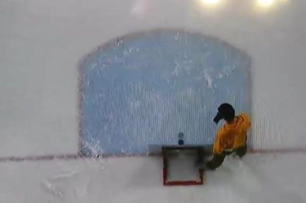 Fan's long shot on ice at MSU Mankato hockey game wins $30,000