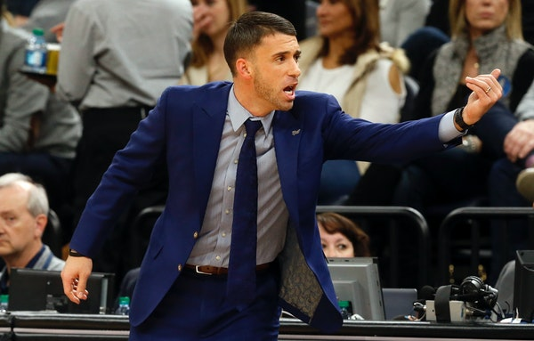 Wolves interim coach Ryan Saunders directed his team in the first half of Saturday's game against New Orleans.
