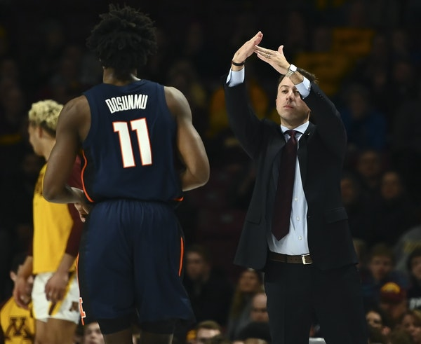 """Gophers coach Richard Pitino, above calling a timeout against Illinois on Wednesday, says his team's No. 50 NET ranking """"makes no sense"""" to him."""