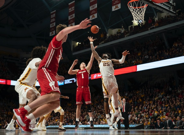 Gophers react to tough loss against Badgers