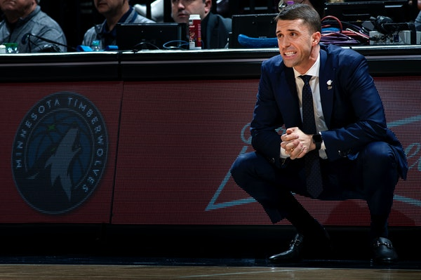 Listen: Can the Wolves make trades and still evaluate Saunders?
