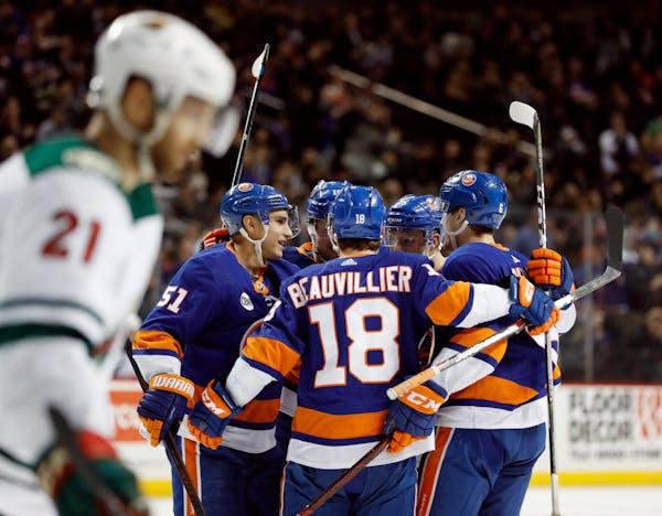 Wild splits weekend after getting upended by Islanders