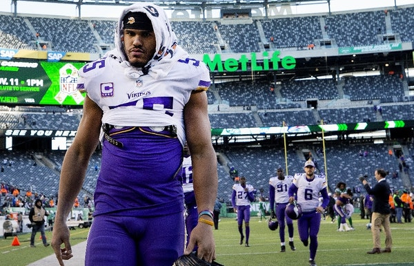 The Vikings could take control of the contract of linebacker Anthony Barr, a four-time Pro Bowl player, on Tuesday, but it seems an unlikely action gi