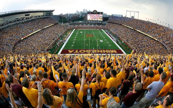 Gophers open three spring football practices to public