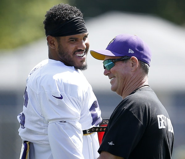 Details of the deal: Impact of Barr's contract on Vikings salary cap