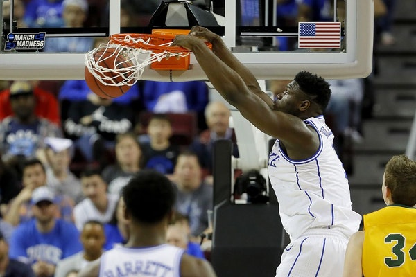 Duke's Zion Williamson dunks against North Dakota State in the first half during the first round of the NCAA Tournament at Colonial Life Arena in Colu