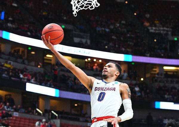 When guard Geno Crandall looked for another college after North Dakota, he picked Gonzaga. Now, he's 40 minutes away from a Final Four in Minneapoli