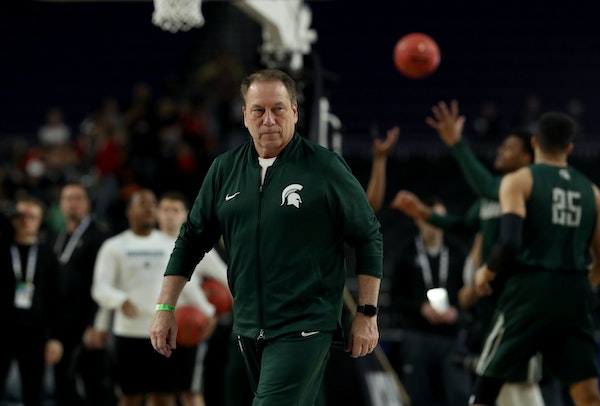 Michigan State head coach Tom Izzo watched as his team practice on Friday.