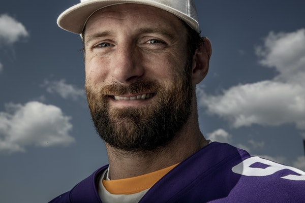 Defensive end Brian Robison spent 11 seasons with the Vikings.