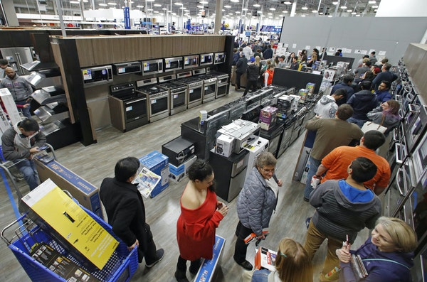 Minnesota-based retailers who have focused on experience, loyalty and seamless online shopping have seen boosts in sales and profits.