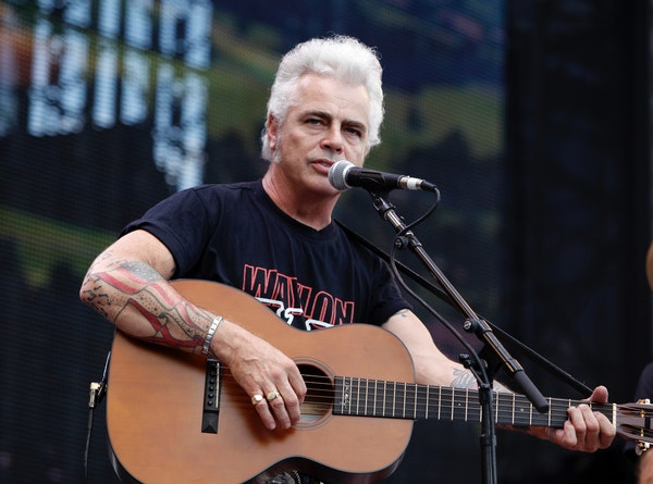Dale Watson returns to Lee's Liquor Lounge in Minneapolis for a show Sunday and two more on Tuesday.