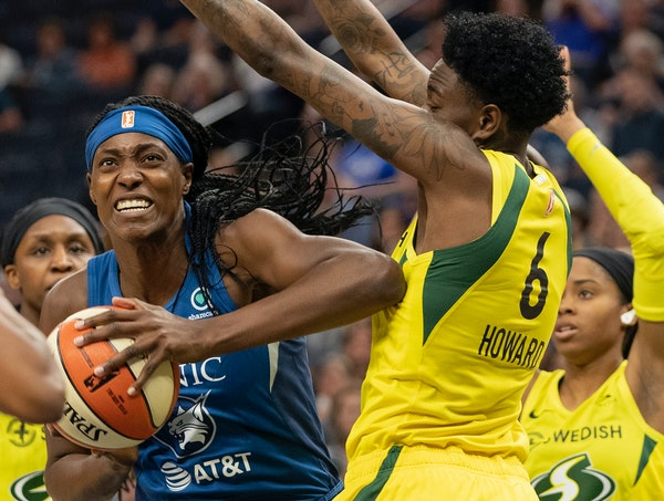 Sylvia Fowles drove to the basket during a game against Seattle earlier this season.