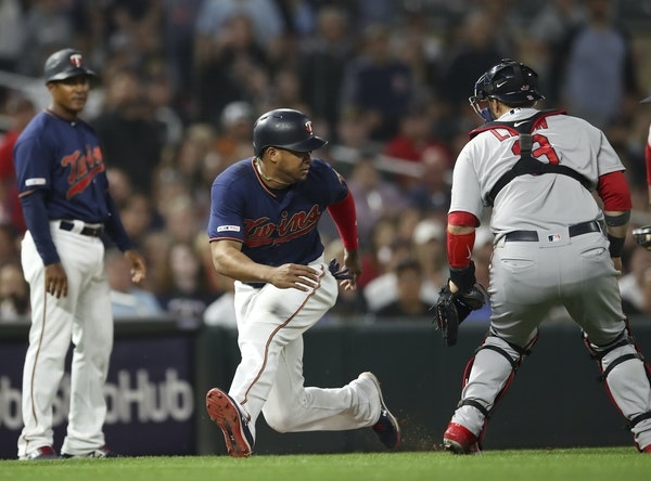 The Twins' best scoring chance Monday night vs. the Red Sox fizzled when Jonathan Schoop was tagged out trying to score in the eighth inning.