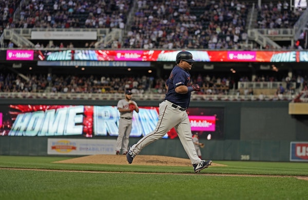 Twins second baseman Willians Astudillo rounded the bases after his fourth-inning home run.