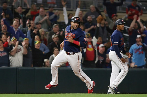 Twins get major benefits from 'human element' in Tuesday win