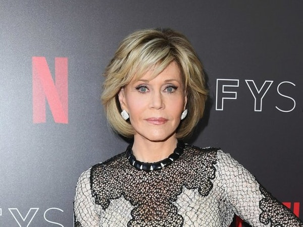 Jane Fonda offers her impersonation of another Hollywood legend during St. Paul appearance
