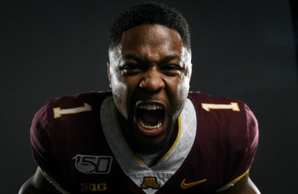 Rodney Smith was out of the lineup but not out of the picture after his knee surgery. The sixth-year Gophers senior coached and advised his younger pe