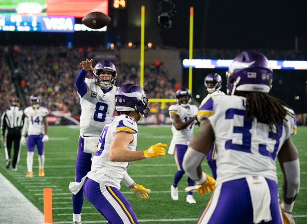 Who are the 10 most important players on the Vikings' roster?